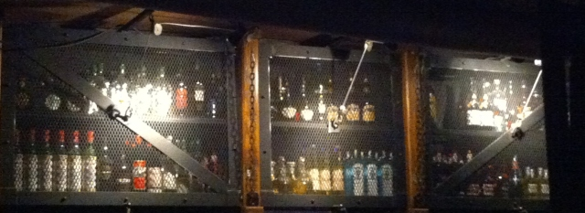 les caissons pour les réserves de bouteilles !