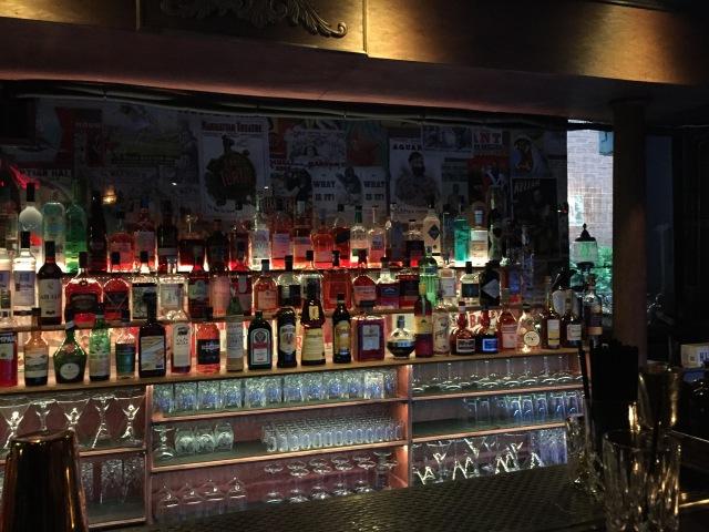 Le bar et ses spiritueux...