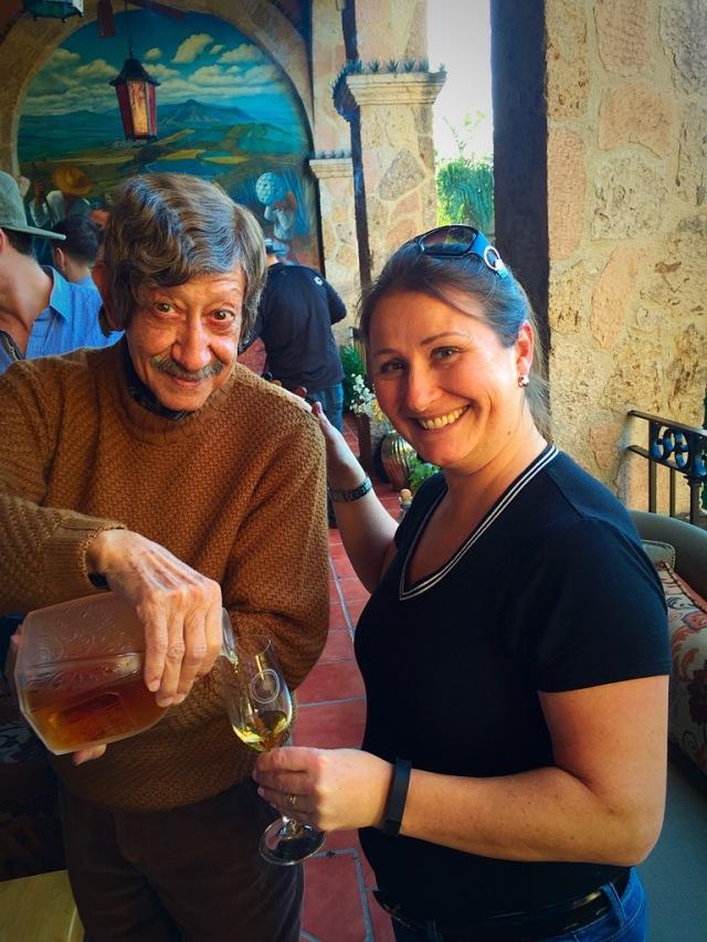 Francisco Alcaraz et moi .... il me sert une Tequila dont la bouteille coûte juste 7500$ ...