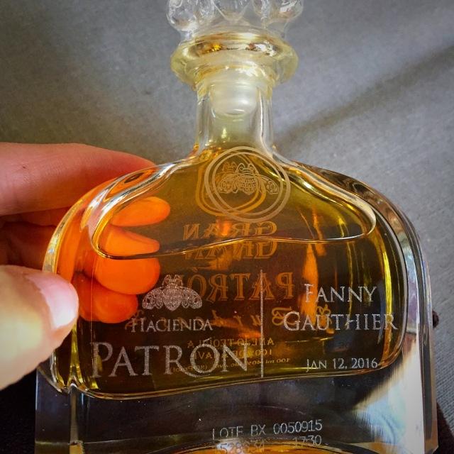 Mon nom et la date sont même inscrits sur la bouteille ....